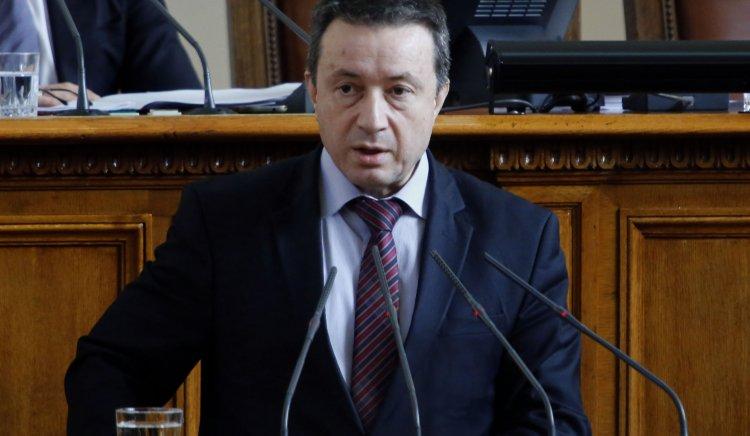 Янаки Стоилов: За да подминат трагичните събития България, трябва да имаме отговорна, последователна и силна политика