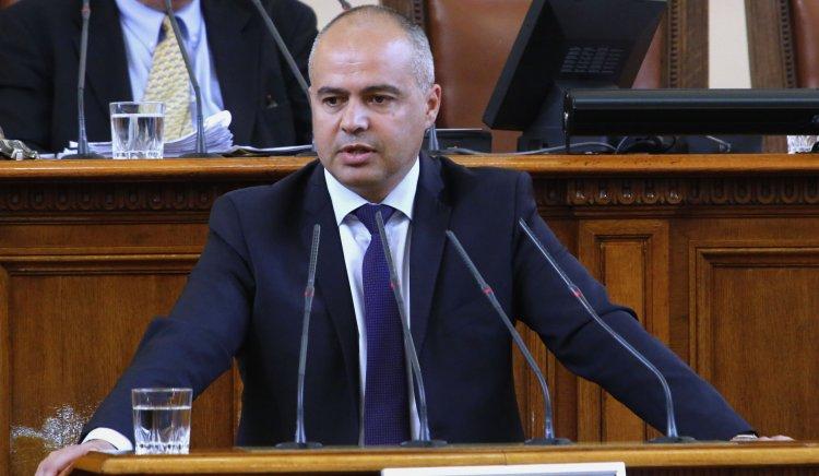 Георги Свиленски: Няма визия за развитието на БДЖ. Отново ли ще предложите спиране на влакове и закриване на гари?